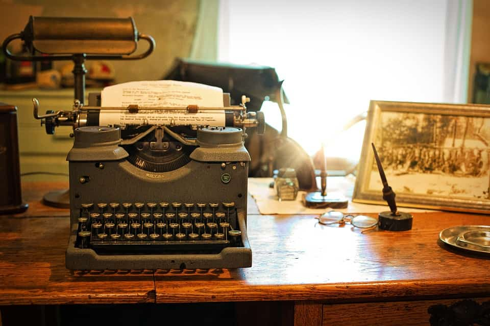A typewriter, the original nomad's writing device.