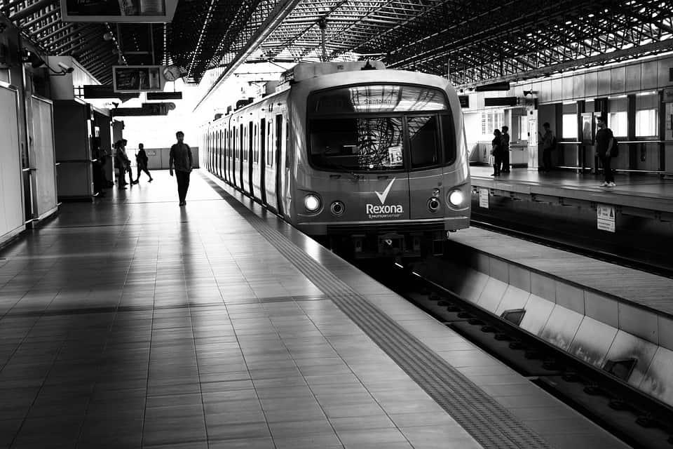 A train on a platform off-peak hours in Manila.