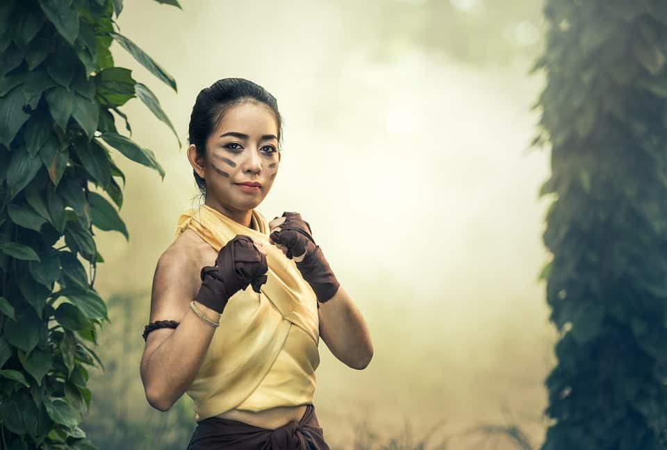 Nearly everyone in Thailand can box, like this lady, don't mess with the locals.