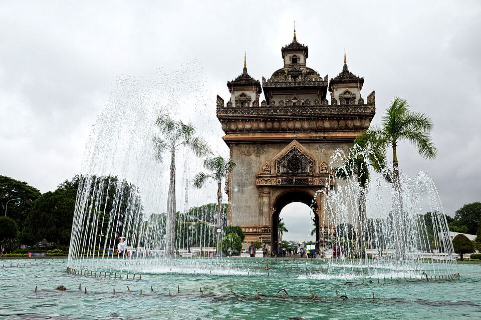 The monument and fountain in the center of Vientiane.